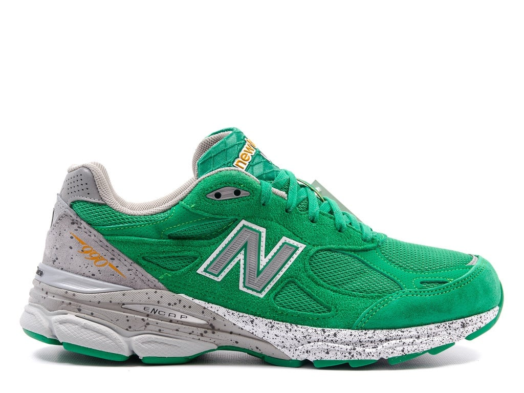new-balance-990v3-st-patrick-day (2)