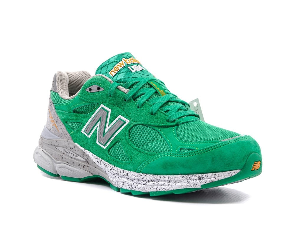new-balance-990v3-st-patrick-day (3)