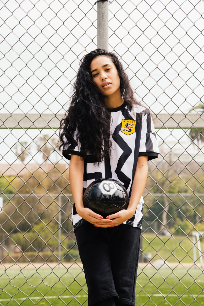 stussy-ntrntnl-soccer-collection_02