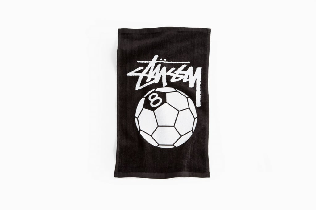 stussy-ntrntnl-soccer-collection_10